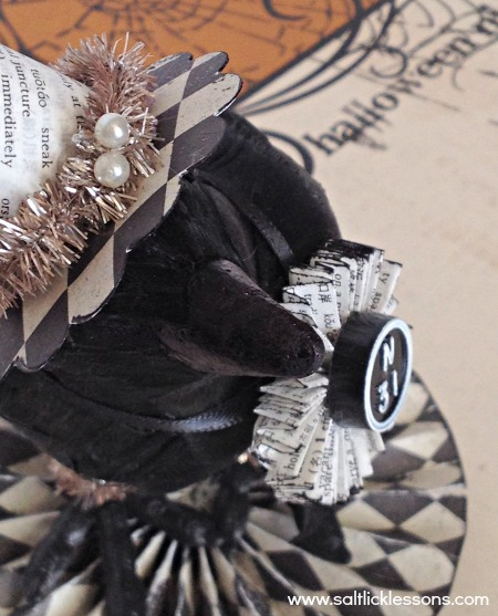 Crafty Halloween Crow details-