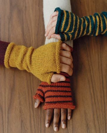 knitting pattern, fingerless mittens