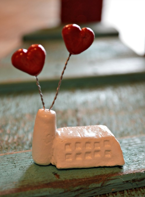 Valentine Factory, lightweight modeling clay project