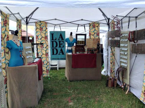 LA DE DA Jewelry Market Booth