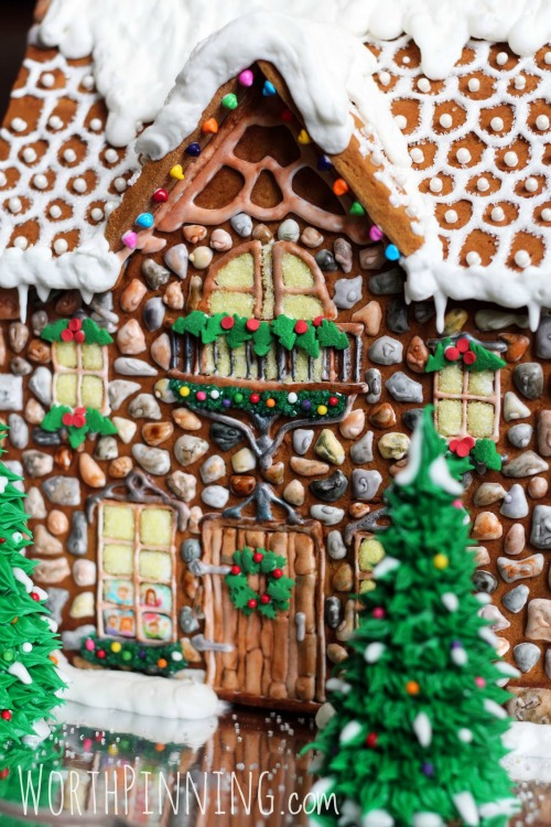 Gingerbread House from Worth Pinning