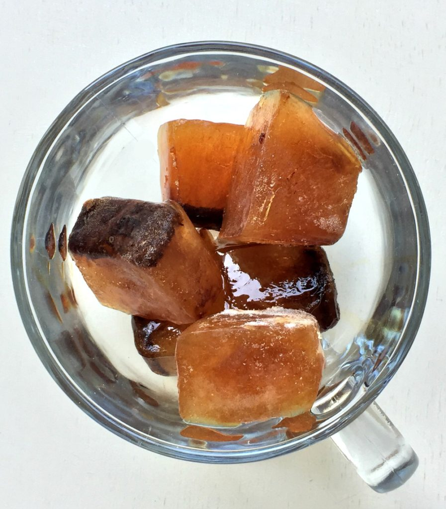 coffee ice cubes - ice cubes made out of coffee